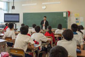 地元中学校での授業風景